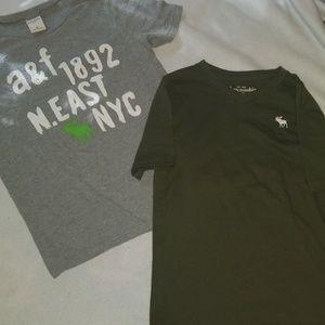 Boys sz M abercrombie tshirts